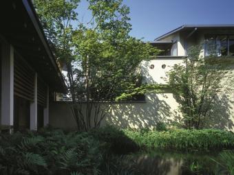 apartment鶉(じゅん)